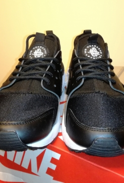 Nike air huarache triple black kedai batai