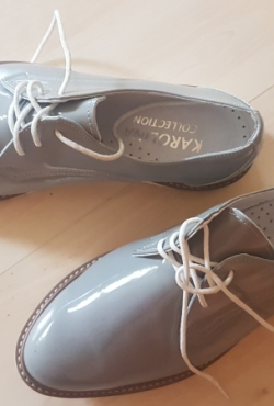 Pilki batai